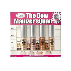 theBalm cosmetic highlighter THE DEW MANIZER'SQUAD